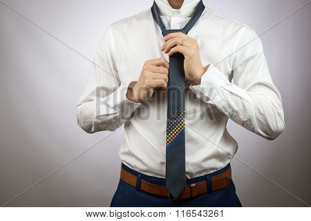 Man Dressing Up, Nectie, Tighten