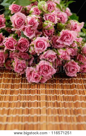 Set of bouquet rose on mat