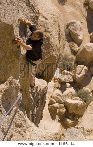 Climbing-Joshua Tree