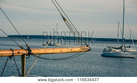 wooden sailboat mast
