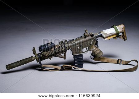 Assult Automatic Rifle With Silencer