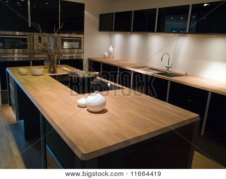 Modern Trendy Design Black Wooden Kitchen