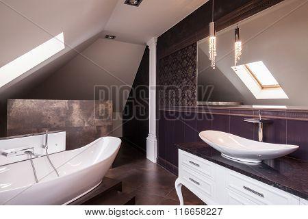 Stylish Contemporary Bathroom