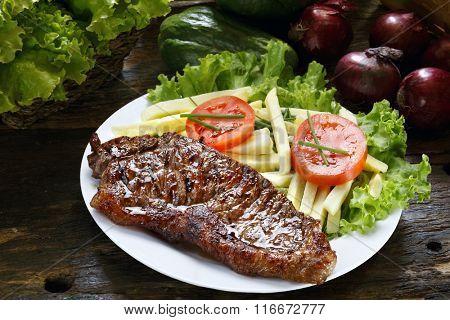Picanha, salad.
