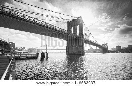 Black And White Photo Of Manhattan Bridge, Nyc, Usa
