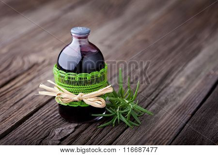 Natural rosemary and wine hair toner diy