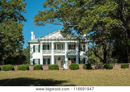 A grand old antebellum mansion in the old South