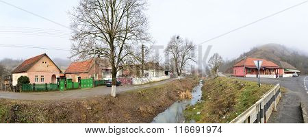 Nicolae Balcescu Village