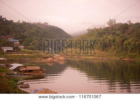 Thailand Kanchanaburi Sangkhlaburi Lake