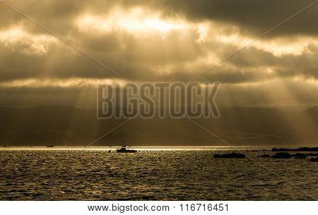 Sun Rays Boat