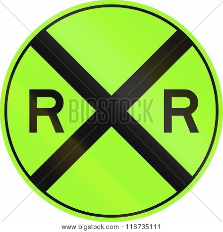 United States Mutcd Non-compliant Road Sign - Railroad Crossing