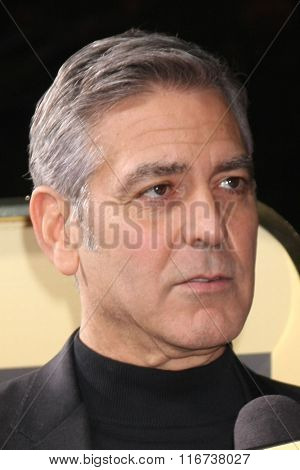 LOS ANGELES - FEB 1:  George Clooney at the Hail, Caesar World Premiere at the Village Theater on February 1, 2016 in Westwood, CA