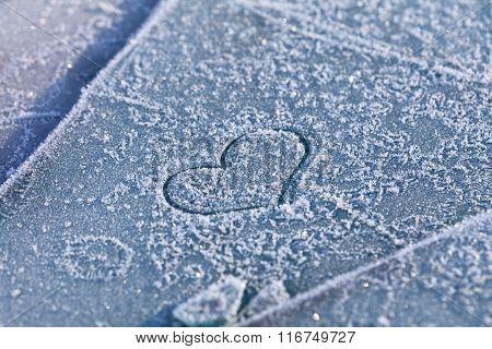 heart on snow