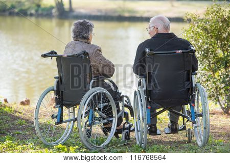 couple next to the lake