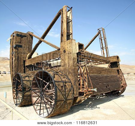 Ancient Wooden Assault Vehicle