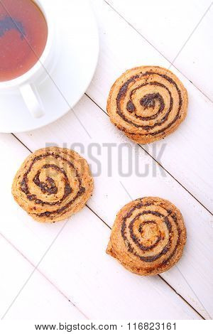 Cookies With Poppy Seedson with a cup of tea