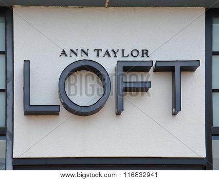 Loft Store Logo