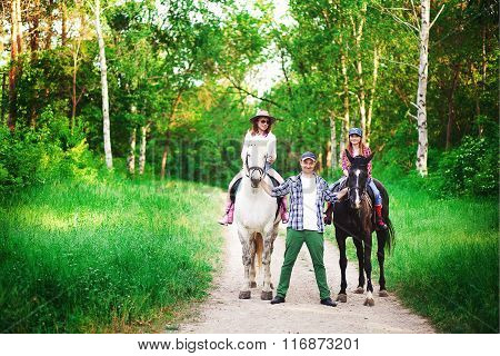 family and horse