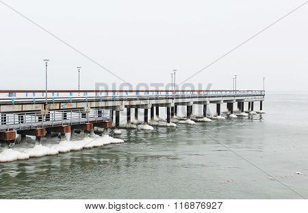 Palanga bridge in winter