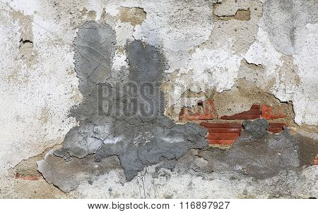Old House Wall Cracked After Earthquake