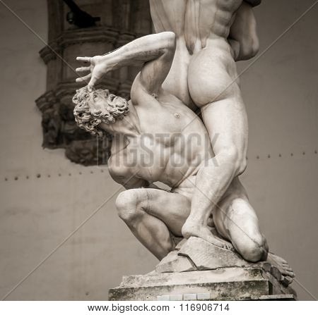 the Rape of Sabine statue