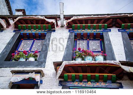Tibet's building
