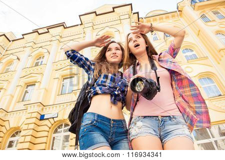Girls Looking At The City, Which Came On A Tour
