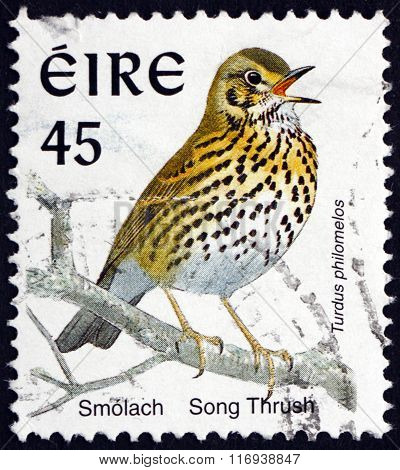 Postage Stamp Ireland 1998 Song Thrush, Bird