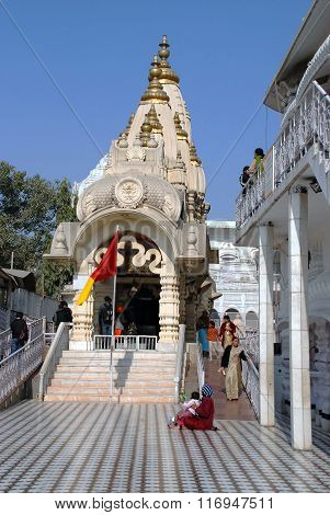 church, shrine, sanctuary, fane, tabernacle, Delhi, Temple. Chattarpur mandir, Hinduism, Hindu