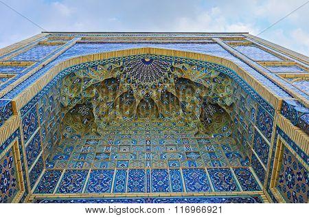 The Uzbek Architecture