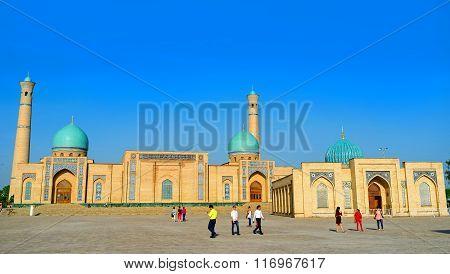 The Pearls Of Tashkent