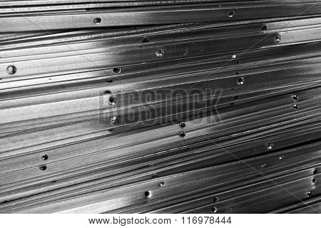 Line Up Metal Slat
