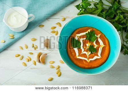 Creamy Pumpkin Vegetable Soup