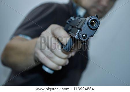 men with gun