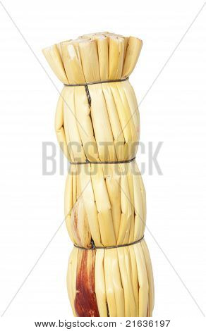 Tuft Of The Straw