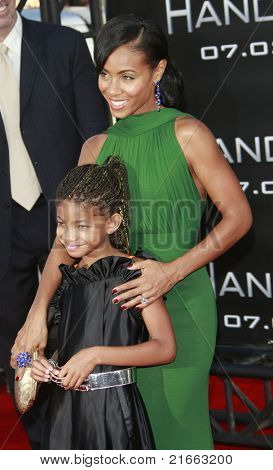 LOS ANGELES - JUN 30: Jada Pinkett Smith and Willow Smith at the premiere of 'Hancock' in Los Angeles, California on June 30, 2008