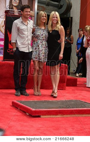 LOS ANGELES - JUL 7:  Jason Bateman, Jennifer Aniston, Chelsea Handler at the Jennifer Aniston Handprint & Footprint Ceremony at Grauman's Chinese on July 7, 2011 in Los Angeles, CA