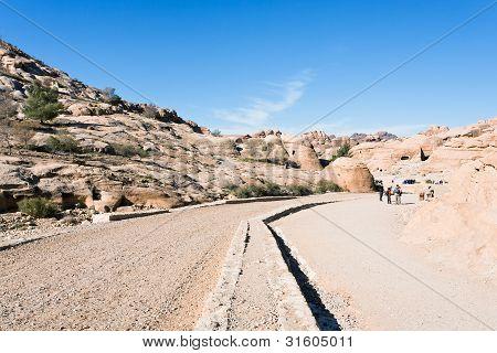 Bab As-siq - Way To Town Petra