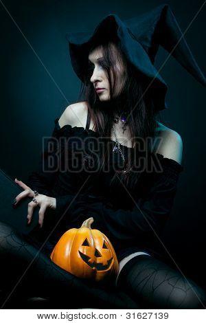 Jovem bruxa