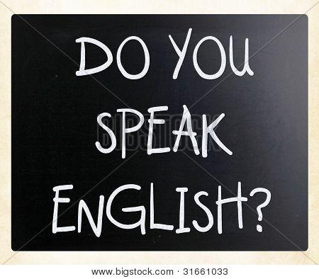"""Sie sprechen English """"Do"""" handschriftlich mit weißer Kreide auf einer Tafel"""