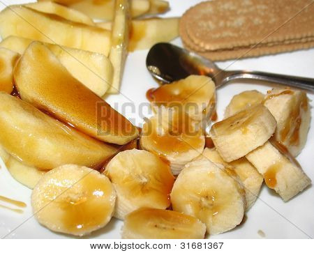Banana and Apple with Honey Dessert