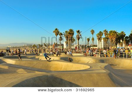 VENICE, US - OCTOBER 17: Skatepark of Venice Beach on October 17, 2011 in Venice, US. This skatepark, with pool, ramps, stair set and flow bowls, celebrated its second anniversary on October 3, 2011