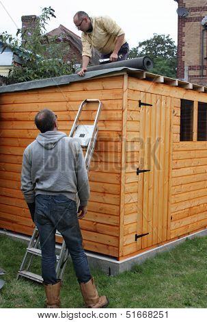 Building a wooden shed