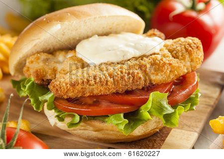 Breaded Fish Sandwich With Tartar Sauce