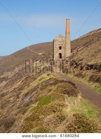 Ruins of English tin mine Wheal Coates near St Agnes Head in Cornwall UK