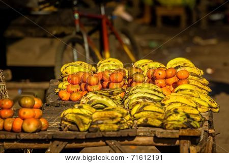 Bananas and mandarins for sale