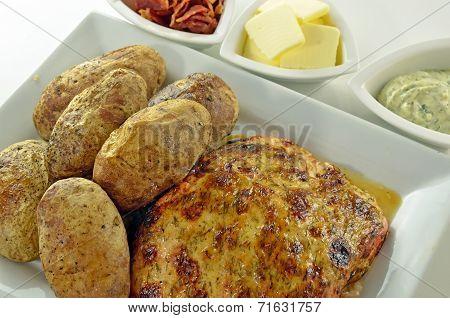 Baked Salmon And Potato Meal