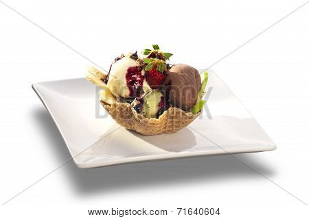 Delicious Ice Cream Sundae With Fresh Fruits In Wafer Bowl