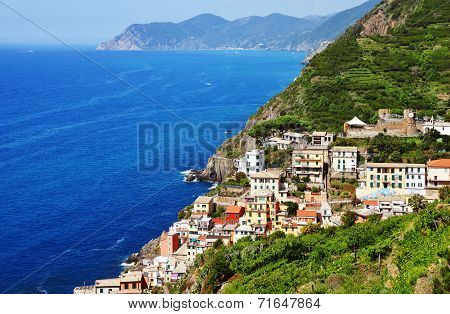 Traditional Mediterranean Architecture Of Riomaggiore, Italy