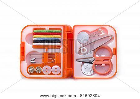 Pocket-sized Sewing Kit